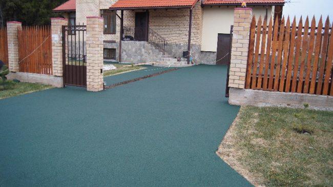 Резиновое покрытие для двора