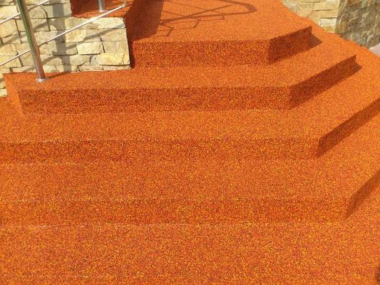 Резиновое покрытие для лестниц